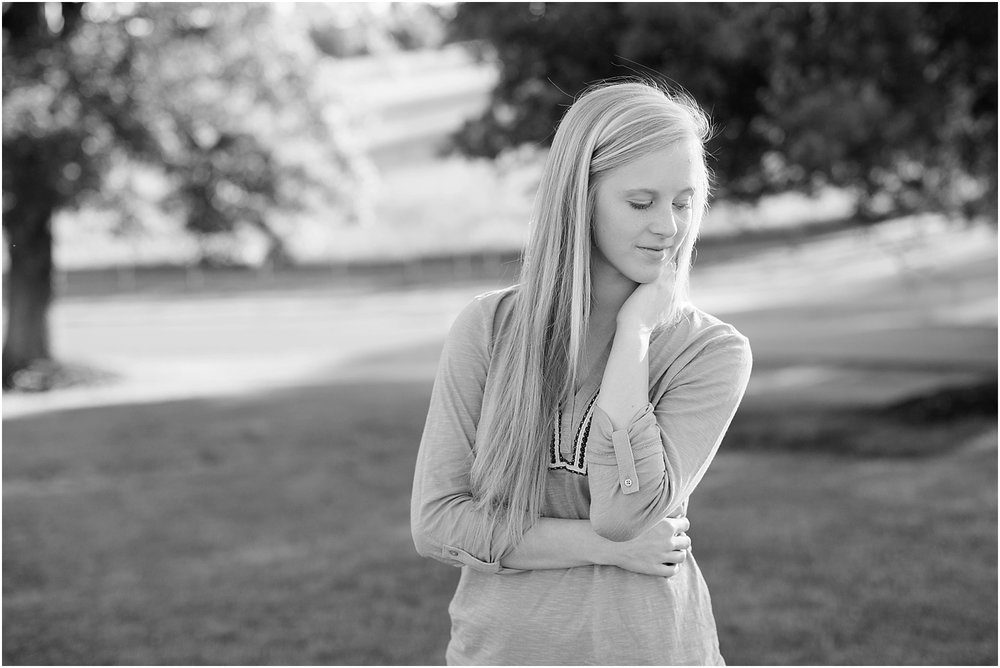 Gabby's Roanoke Virginia Senior Session_0005.jpg