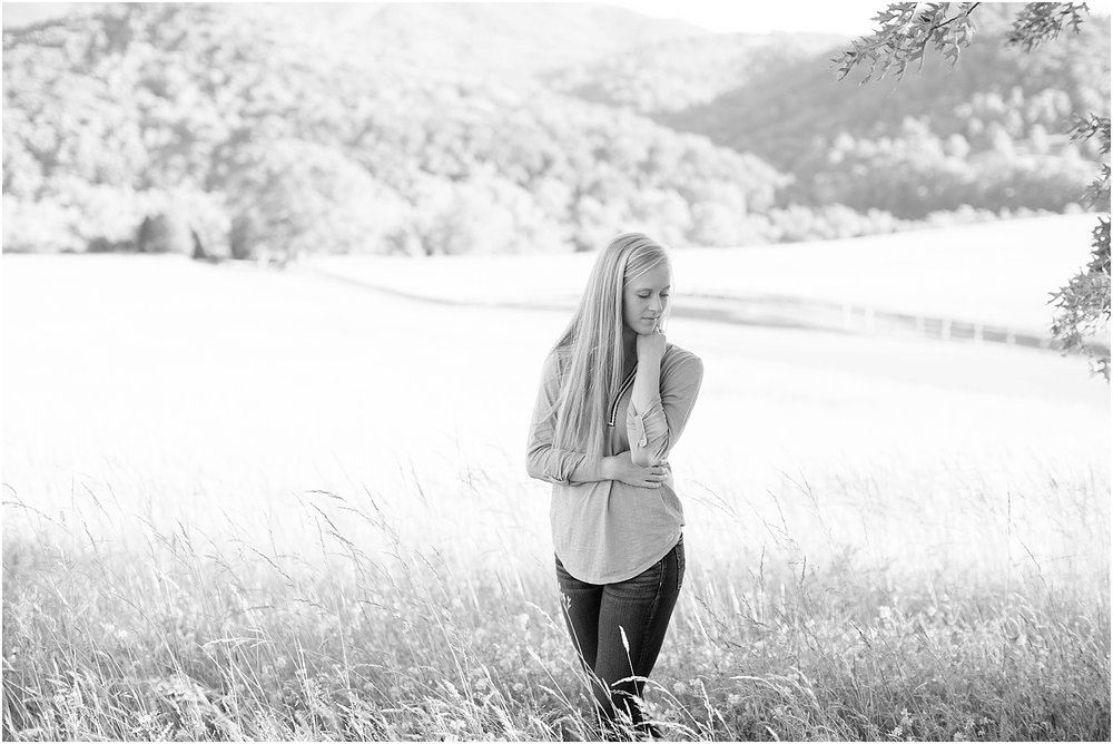 Gabby's Roanoke Virginia Senior Session_0016.jpg