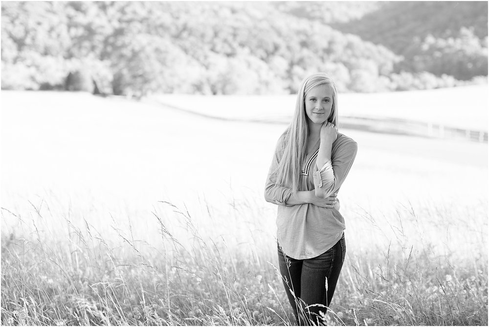 Gabby's Roanoke Virginia Senior Session_0018.jpg