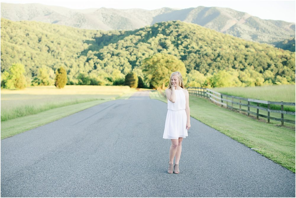 Gabby's Roanoke Virginia Senior Session_0041.jpg