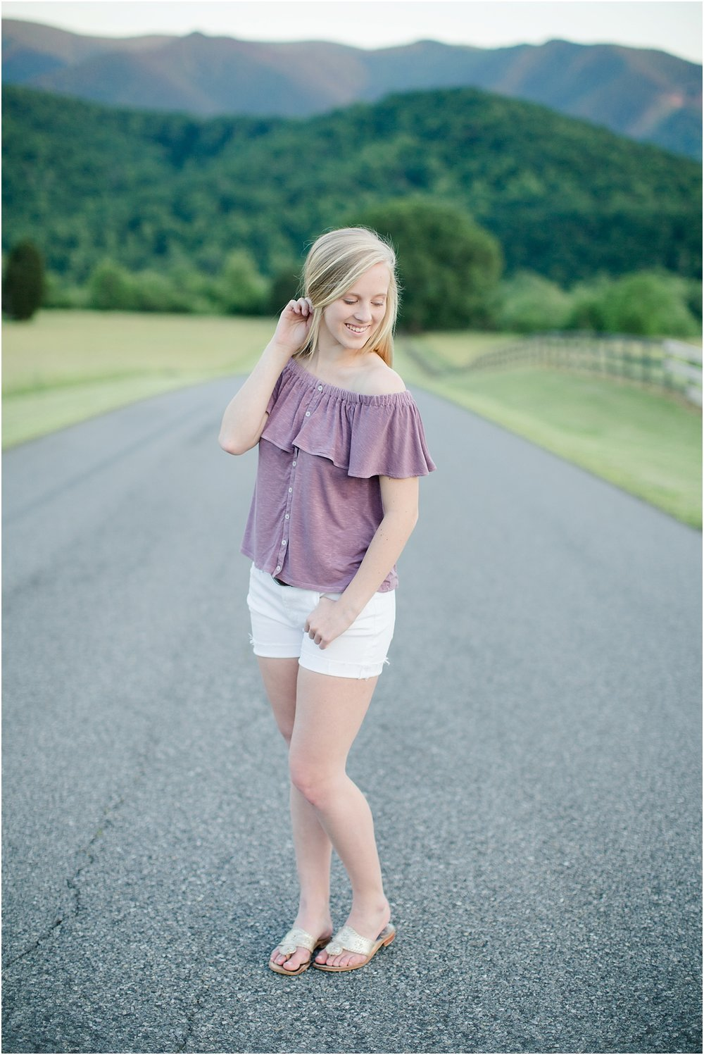 Gabby's Roanoke Virginia Senior Session_0065.jpg