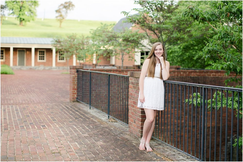 Hollins University Senior Photos Roanoke Virginia_0031.jpg