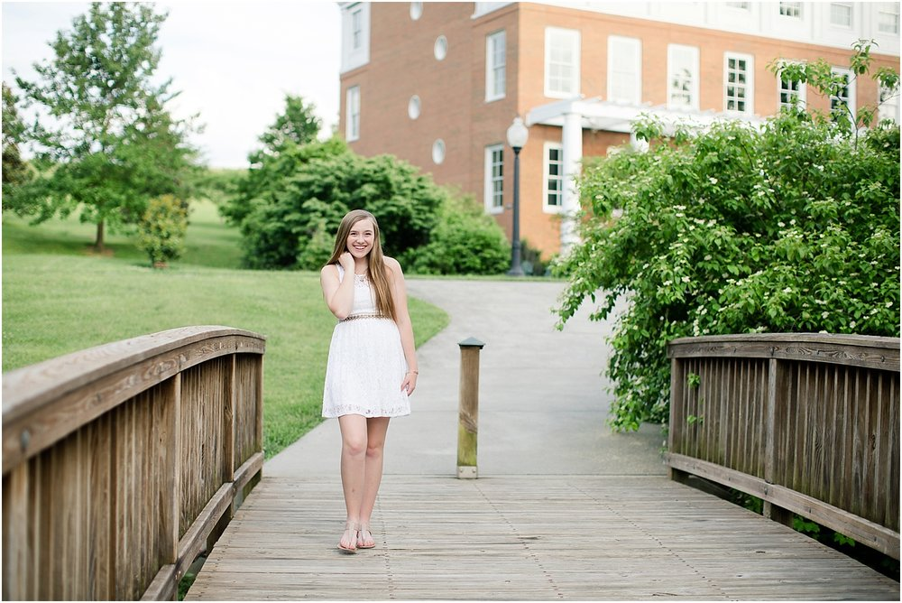 Hollins University Senior Photos Roanoke Virginia_0036.jpg