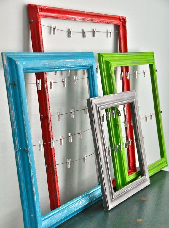 Old Picture Frames, Clothesline, and Clips: Change Your Photos ...