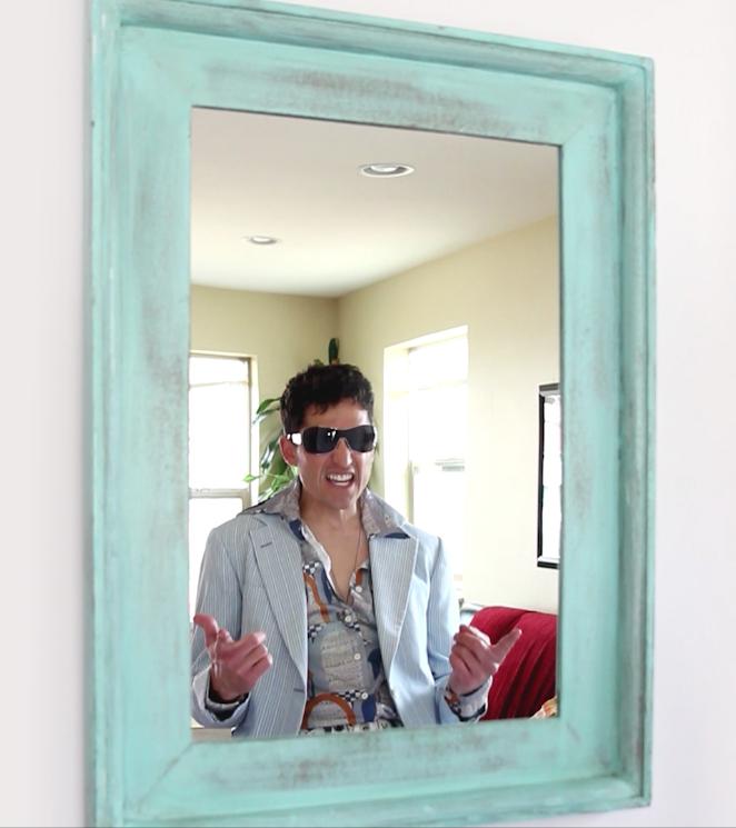 yhi_marketing_social_MIRROR pics_Pinterest_2013-11-27_14_selfie.png