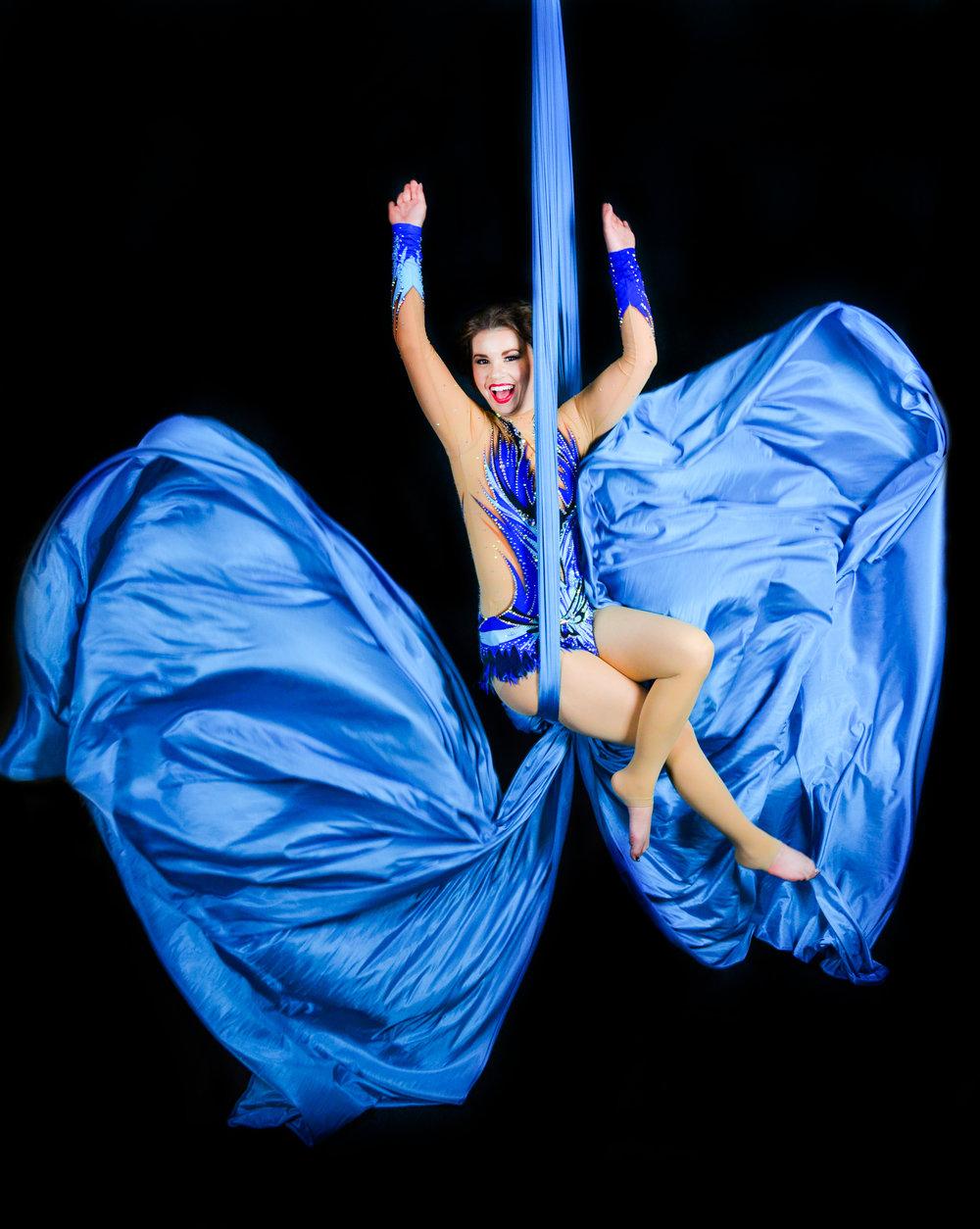aerial silks photographer