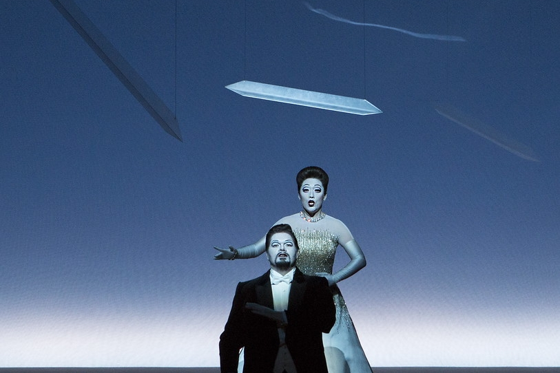 Myung Joo Lee (Violetta Valéry), Jacques le Roux (Alfredo Germont)  Photograph © Lucie Jansch