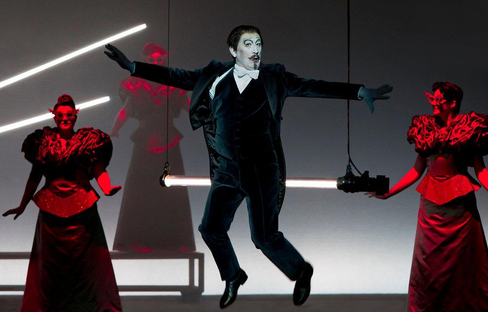 Vladimir Taisaev (Dottore Cast 1), Chorus of the Perm Opera  Photograph © Lucie Jansch