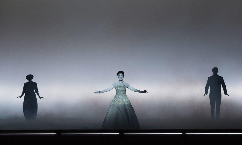 Act I: Elena Jurchenko (Annina), Rebecca Nelsen (Violetta), Aleksey Svetov (Marchese). Perm, 2016