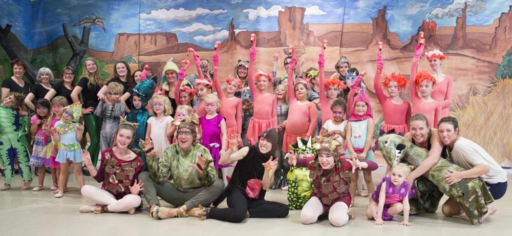 Dancers & Dinosaurs cast