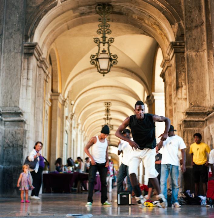 Street Dancers. Lisbon