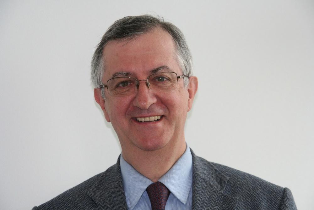Dr. Jacques Charmes