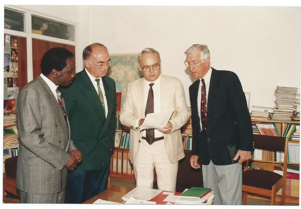 Deutscher Akademischer Austausch Dienst (DAAD) or German Academic Exchange Services Regional Representative, Eastern Africa, Nairobi, Donating Funds for the MSc and PhD Africa Program of ABI-GIDE, Nairobi, Kenya .  From Left: Dr. Alfred Latigo, Chair ABI-GIDE MSc/PhD Academic Panel; Prof. Dr. Paul Muller (Late), Chair Board of Directors, ABI-GIDE; Regional Representative, German Academic Exchange Services (DAAD), Nairobi; Dr. Paul Capstick, Deputy Executive Director, ABI-GIDE