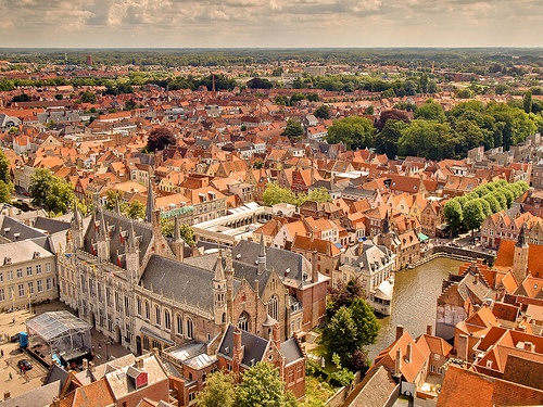 The medieval charm of the city of Bruges (Credit: Anguskirk on Flickr)