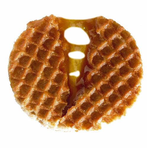 Power-packed with smooth creamy bourbon vanilla caramel filling is the mini Daelmans Stroopwafels. (Credits: Jeroen Daelmans on Flickr)