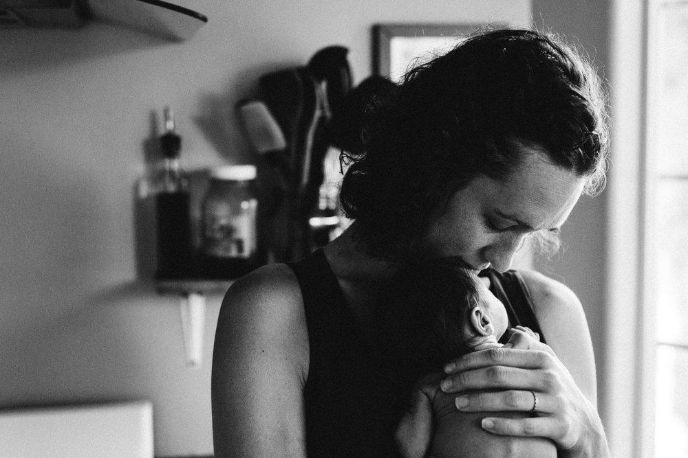 lifestyle newborn photography portland oregon