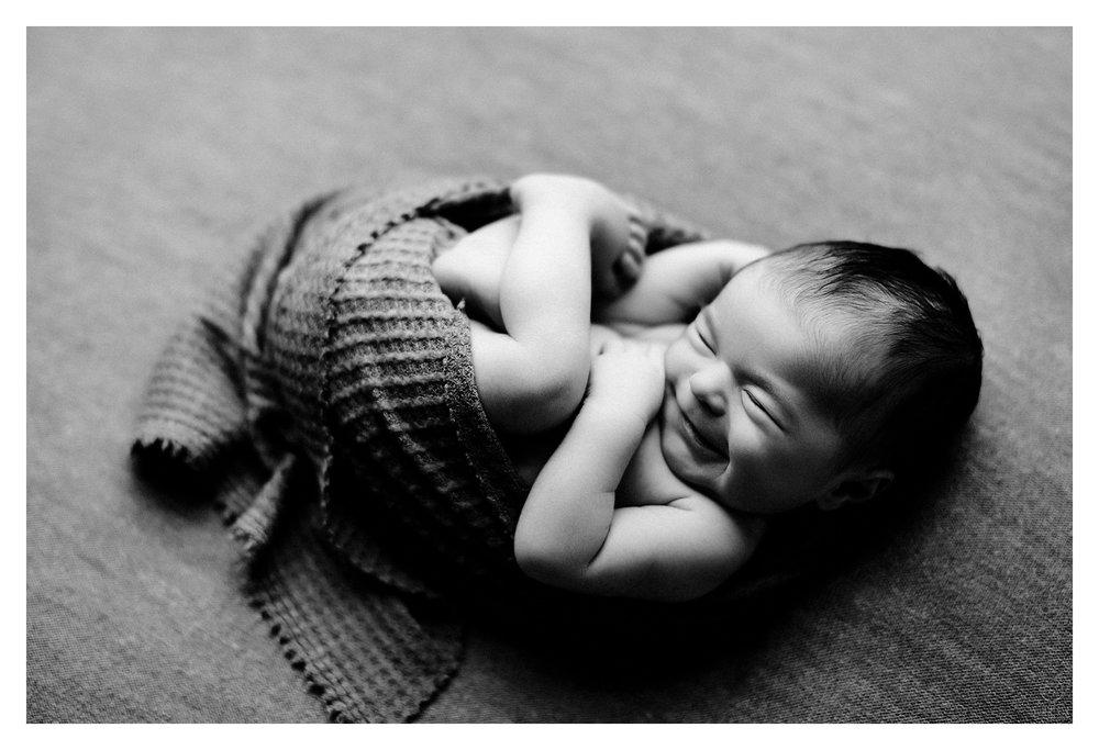 Newborn Photography Sommessa Portland Oregon_0960.jpg