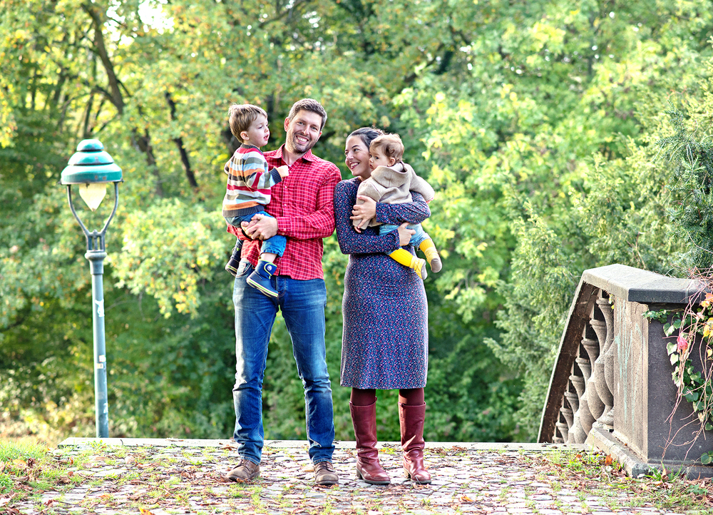 familienportrait-in-der-natur-berlin