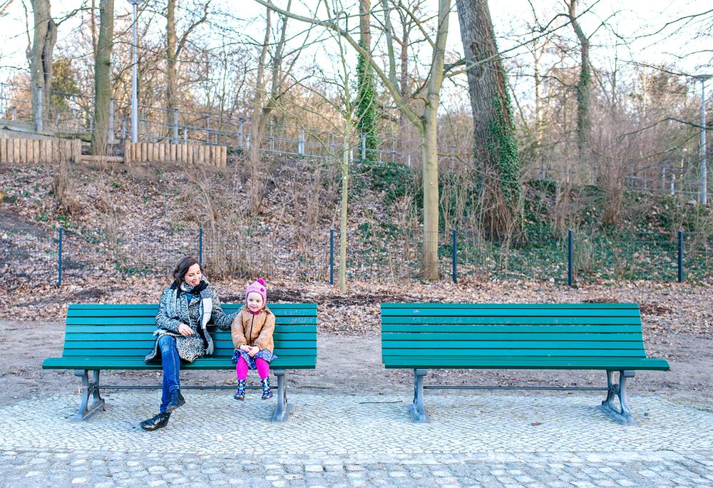 originelle-familienfotos-park