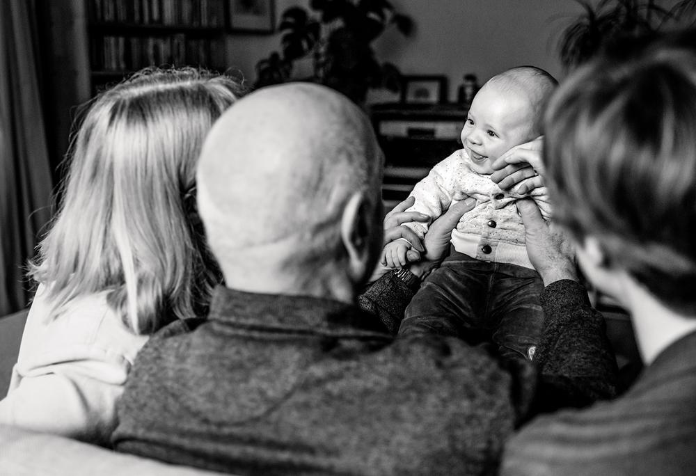 baby-mit-grosseltern