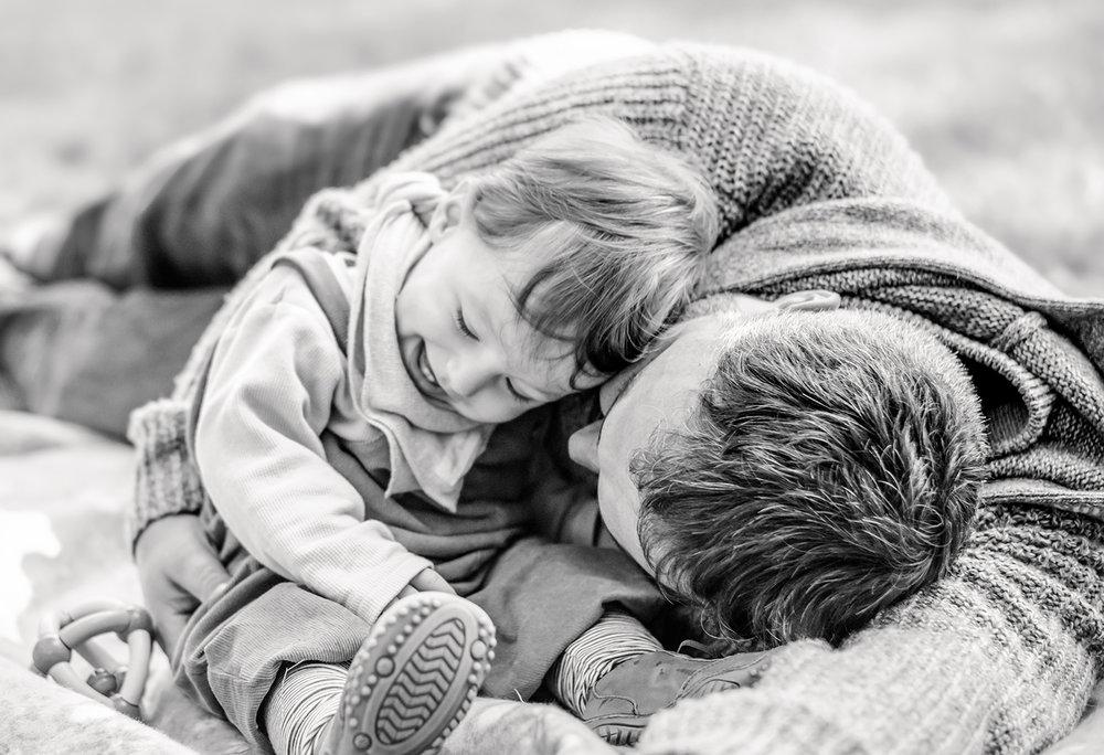 natuerliche-familienfotos-fotograf