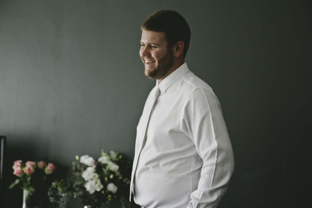 Groom getting ready-041.jpg