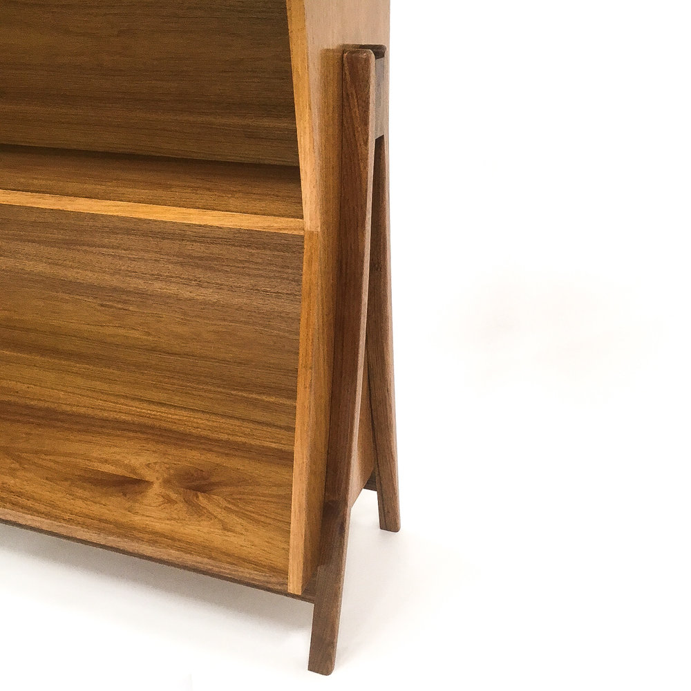 Detail of Vern's bookcase in Tasmanian Blackwood.