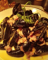 Mussels resized.jpg