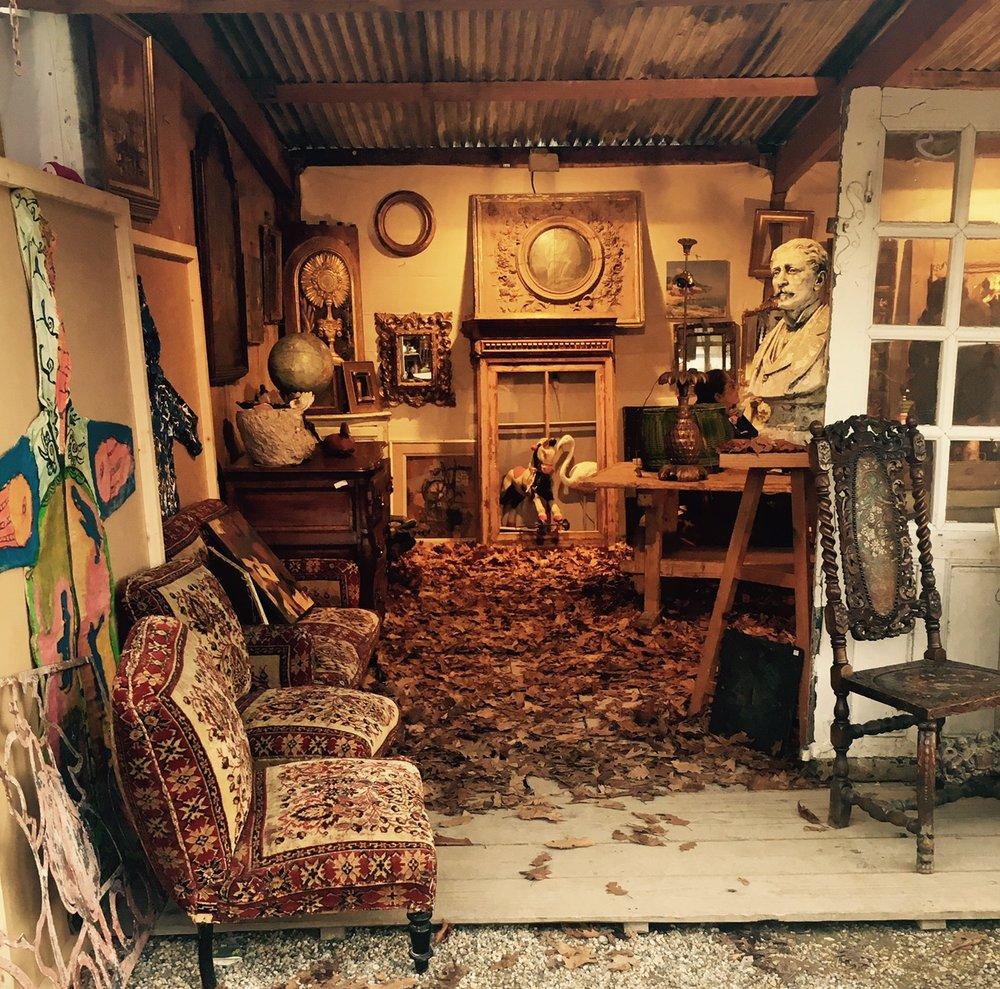 Antiques &Treasures Tour