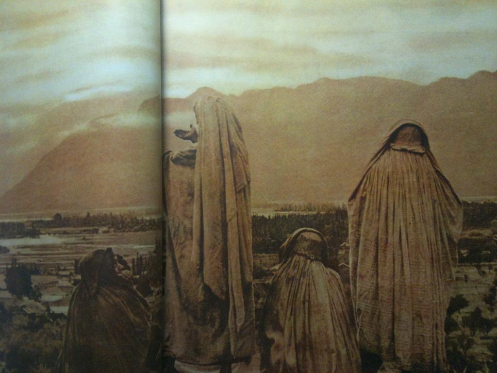 """""""Muslim women of Srinagar gather at dawn…"""" Oct 1953 #collagehunting"""