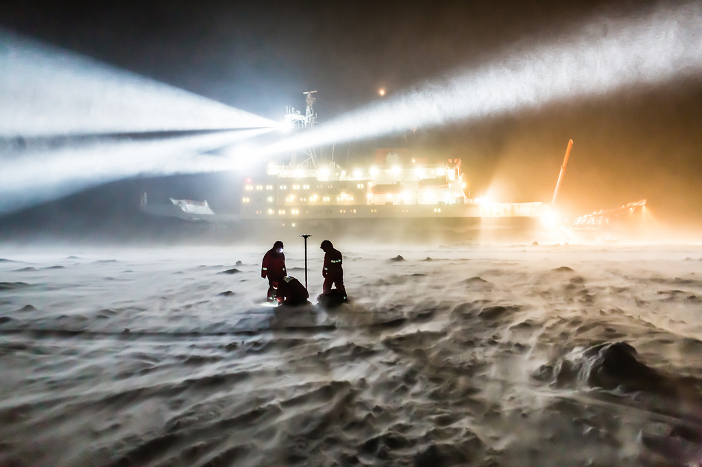 iamdanw :     Working in the polar night and in a storm (by  europeanspaceagency )     Epic