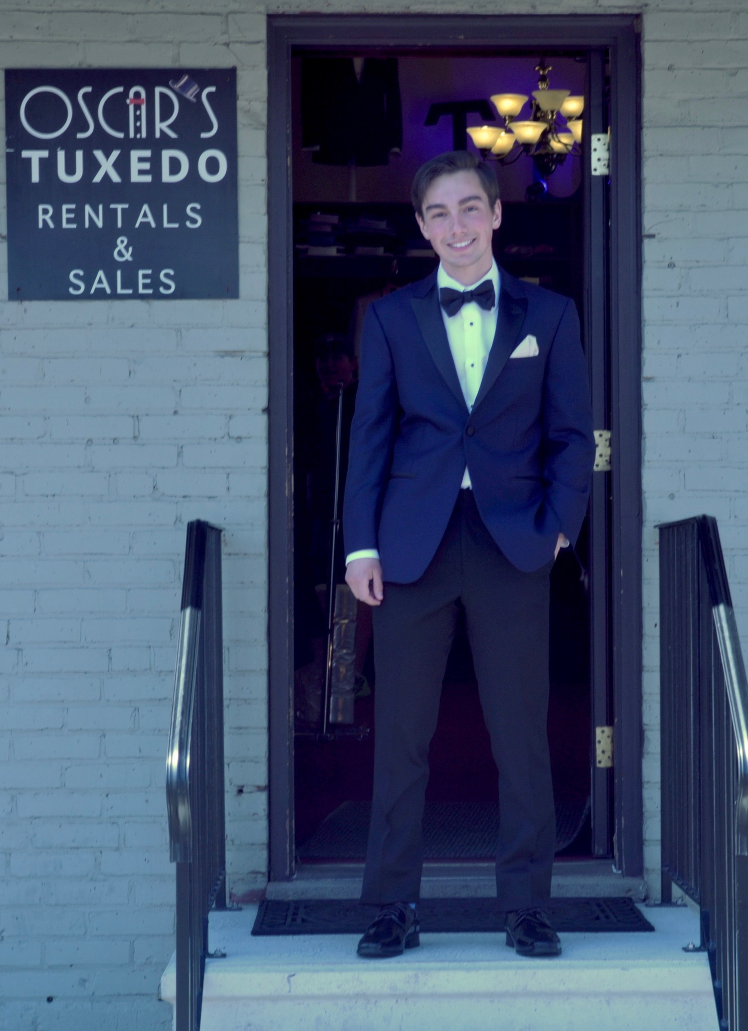 Prom & Black Tie Customers Photos — OSCARS TUX Hollywood Driven! Top ...