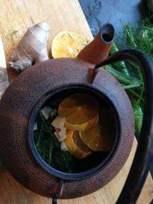 spiced ginger lemon tea