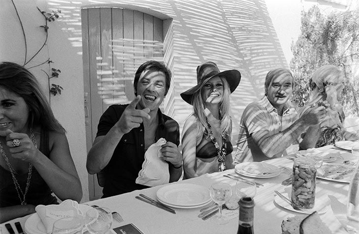 Alain Delon, Brigitte Bardot, & Eddie Barclay beat the heat with style in St. Tropez. Where else?