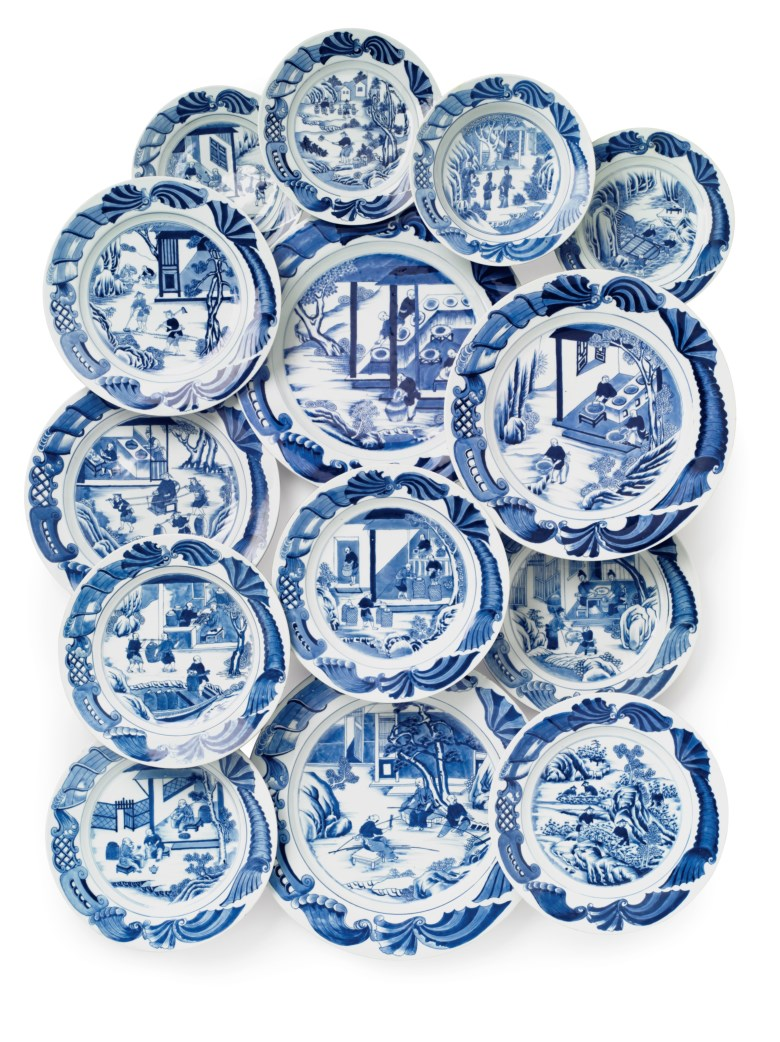 2018_NYR_15336_0103_000(a_very_rare_set_of_blue_and_white_tea_cultivation_dishes_qianlong_peri).jpg
