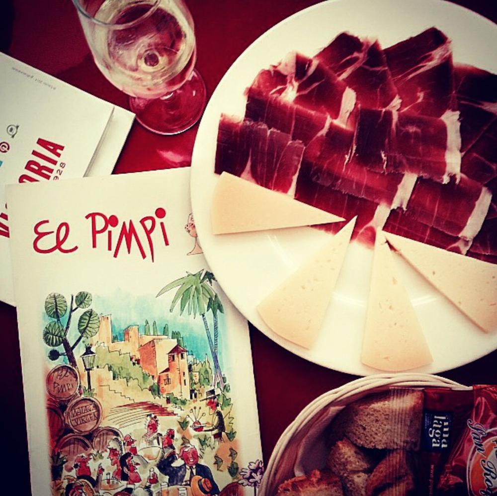 I had to sample some jamon ibérico of course! Un incontournable quand on visite l'Espagne: le jamon ibérico!