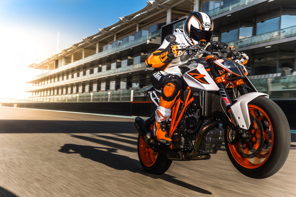 156657_KTM 1290 SUPER DUKE R MY 2017.jpg