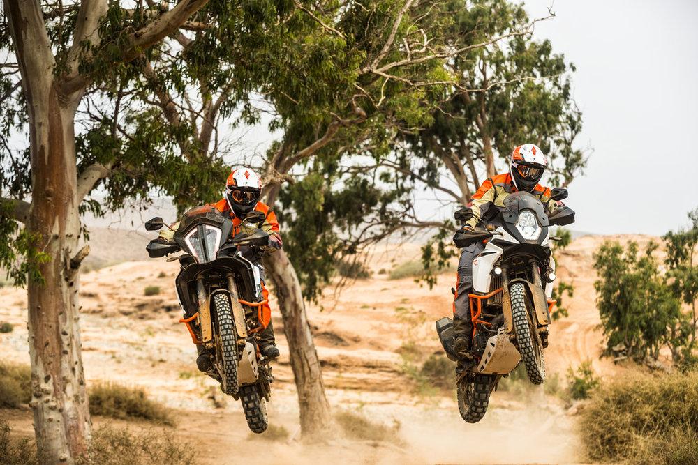 156405_KTM 1290 Adventure R _ KTM 1090 Adventure R MY 2017.jpg