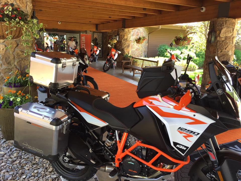 Outfitted 2017 KTM 1290 Super Adventure R with KTM Powerparts panniers, topcase, skidplate, handguards and tankbag.