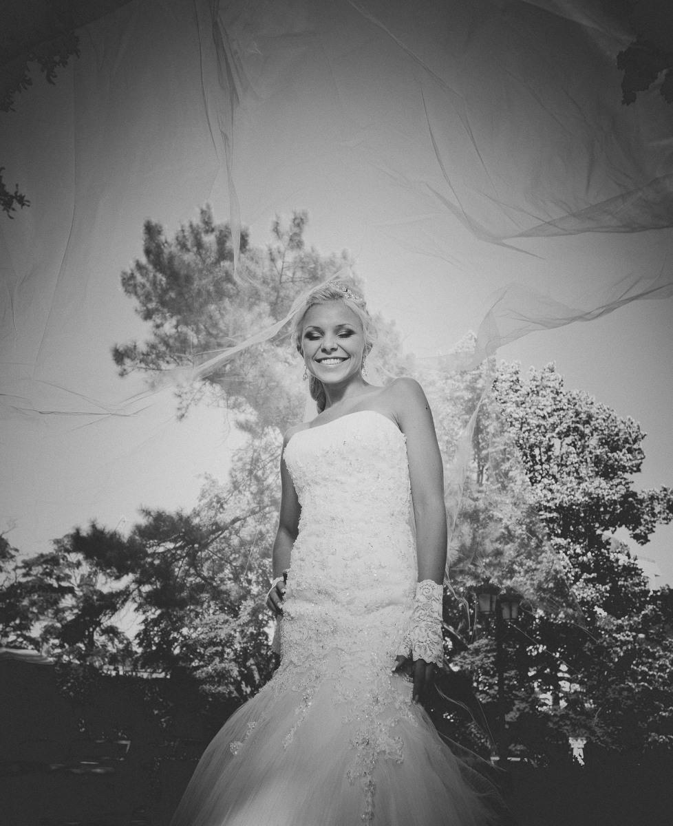 Hochzeit Braut SW.jpg