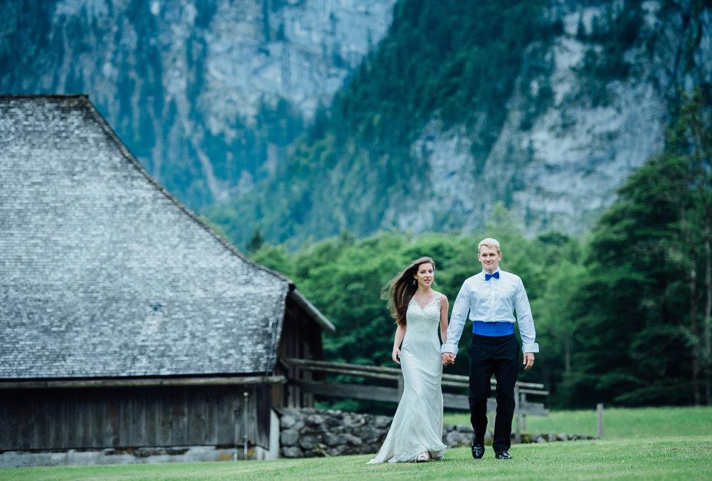 Brautpaar in Alpen.jpg