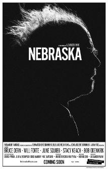 Título:  Nebraska  Director:  Alexander Payne  Escritor:  Bob NelsonSpike Jonze  Cinematógrafo:  Phedon Papamichael