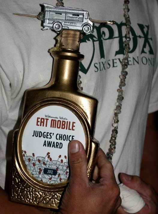 April - PDX671 participates in the 2012 Eat Mobile Festival and WINS Judges' Choice Award
