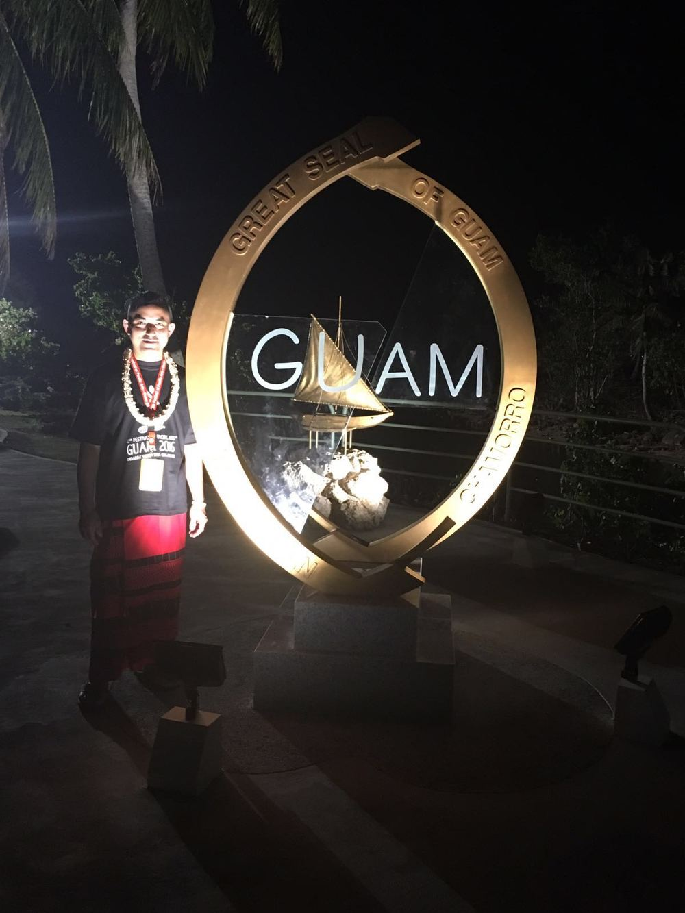Night time with the Guam seal