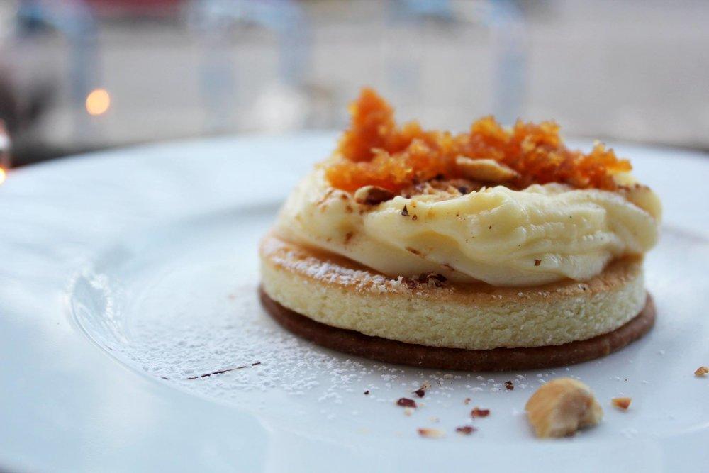 Latiya : Chiffon Cake, Vanilla Custard, Coconut Candy, Hazelnuts, Cinnamon