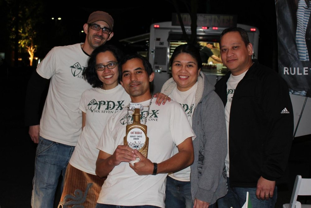 PDX671 Crew with the EatMobile Judge's Choice Award