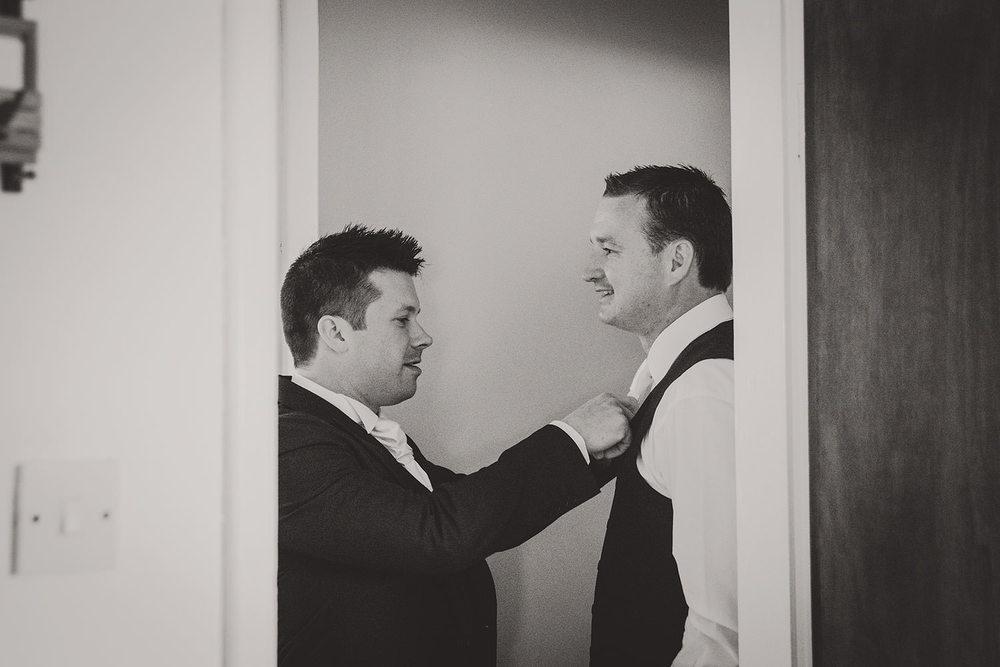 wedding-photographers-ireland-044.jpg