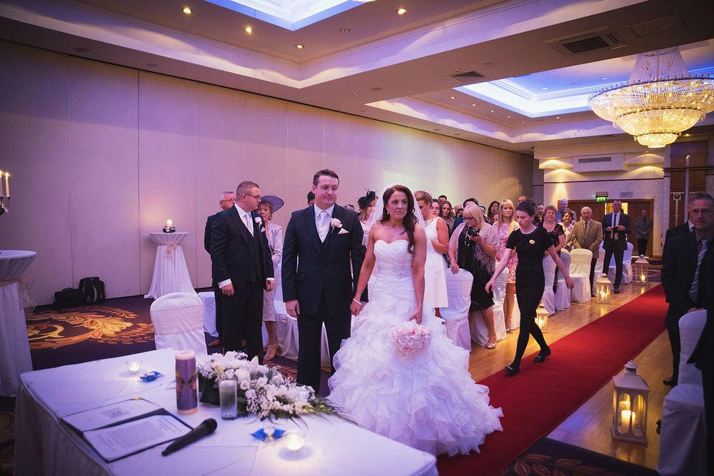 knightsbrook-hotel-wedding-034.jpg