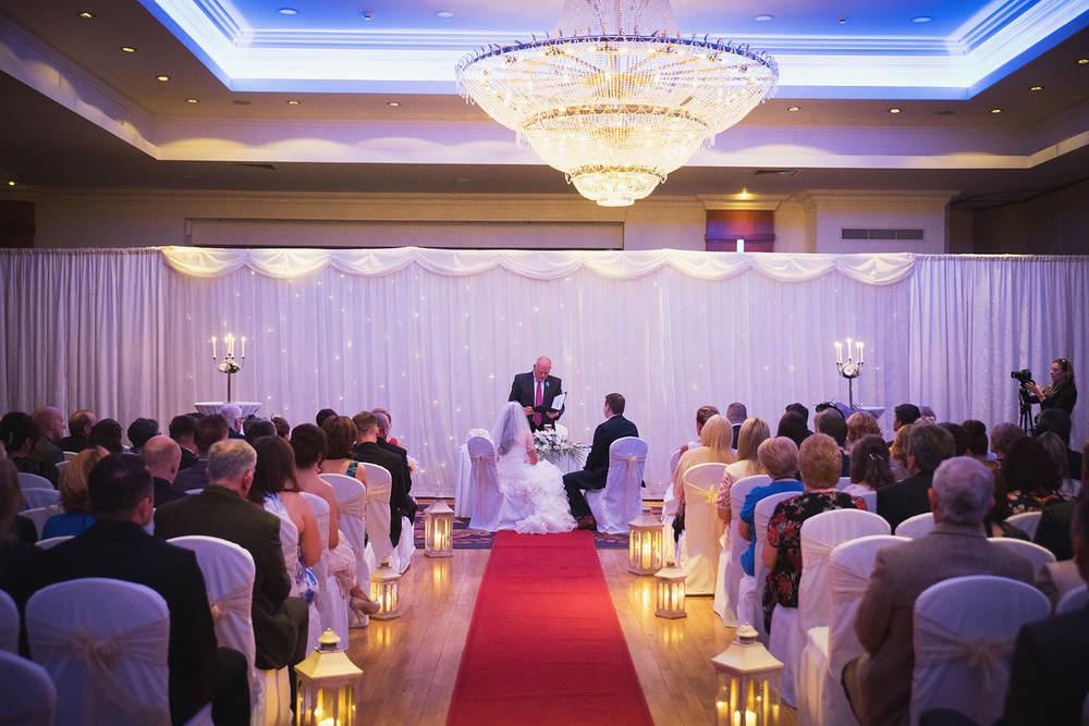 knightsbrook-hotel-wedding-035.jpg