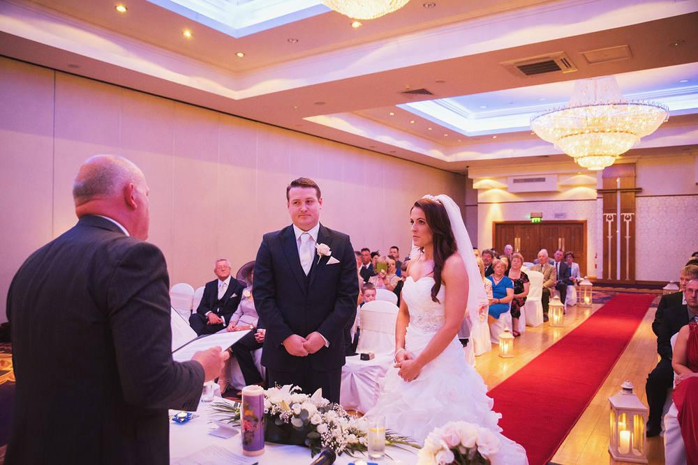 knightsbrook-hotel-wedding-039.jpg